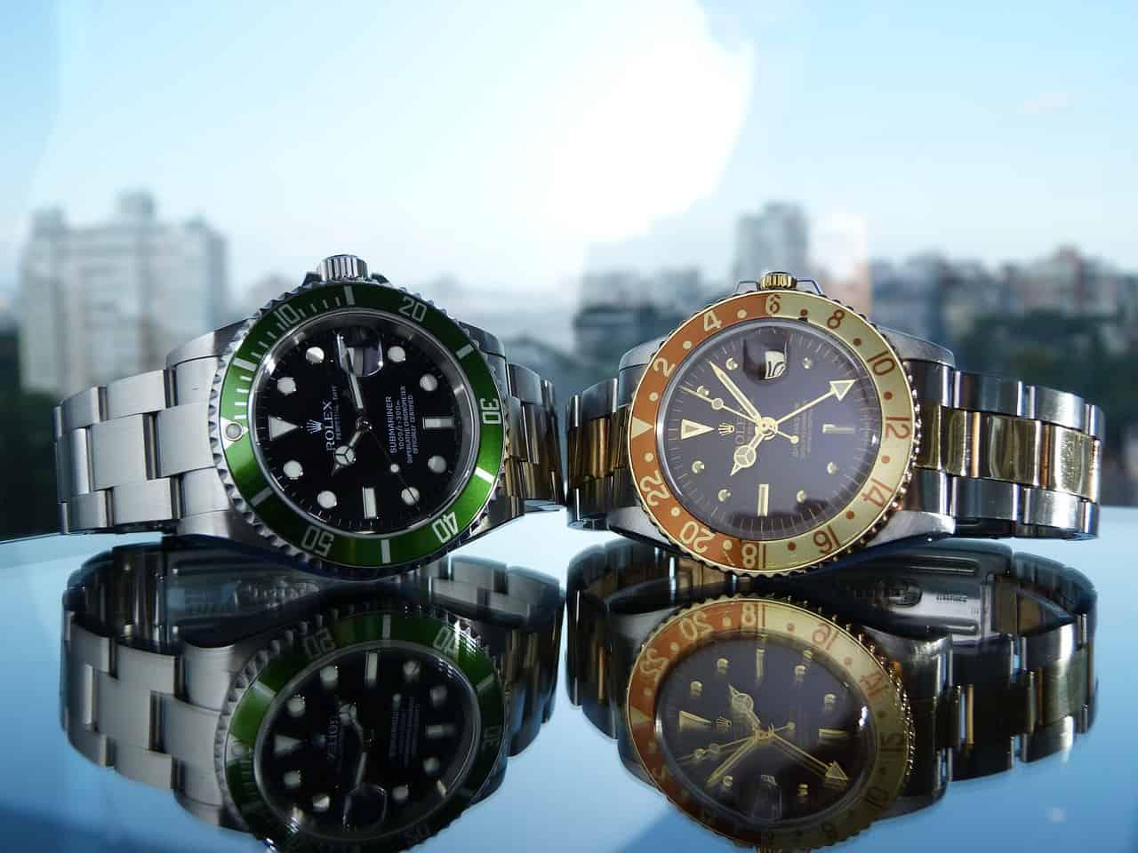 שני סוגים של שעונים