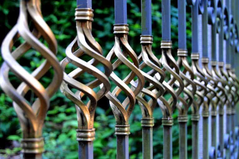 גדר מברזל