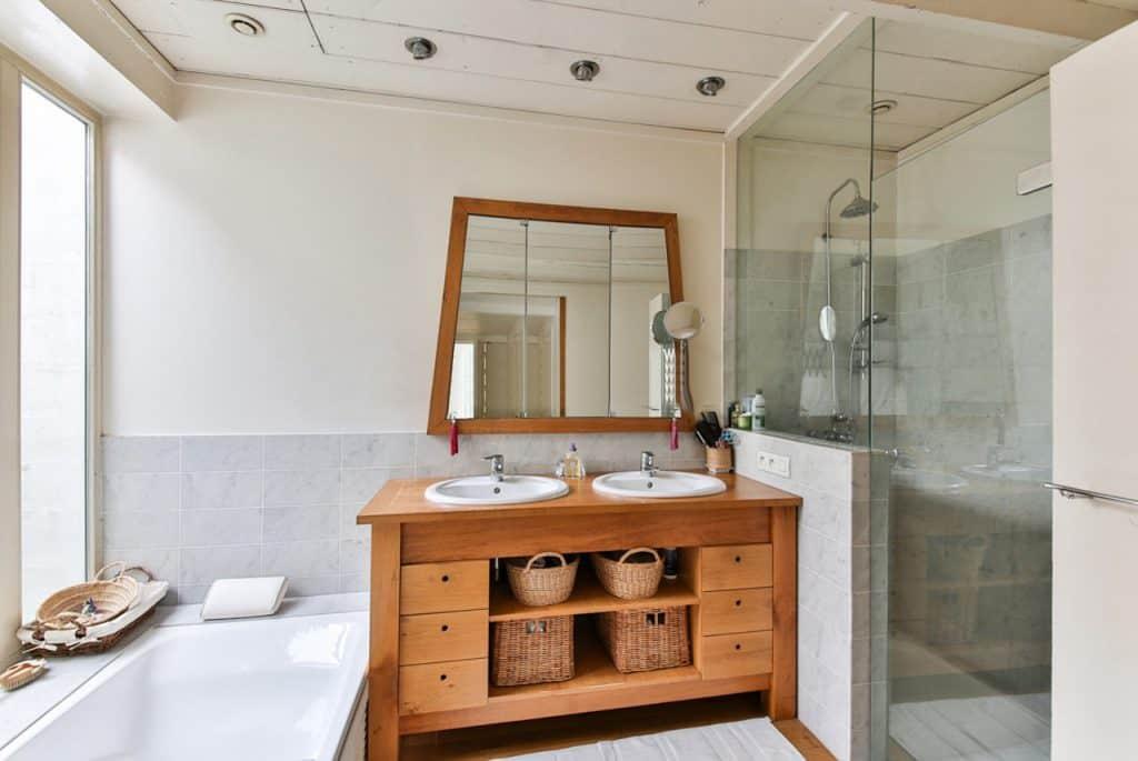 חדר מקלחת מעוצב