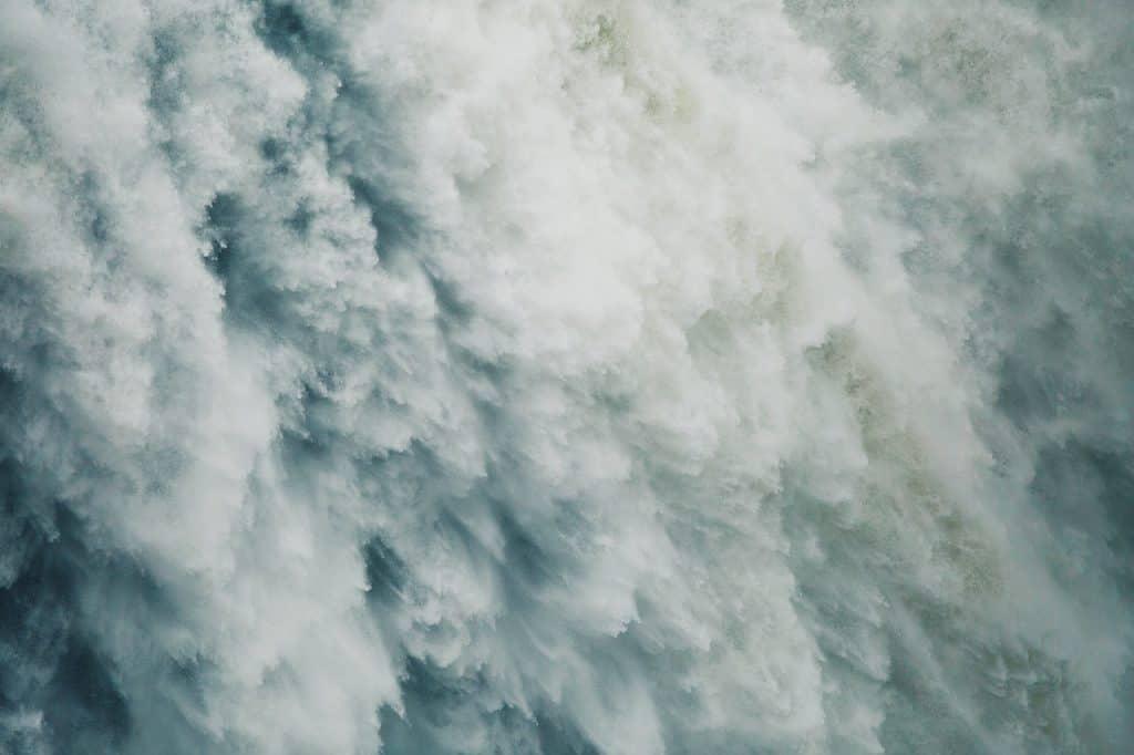 זרם של מים